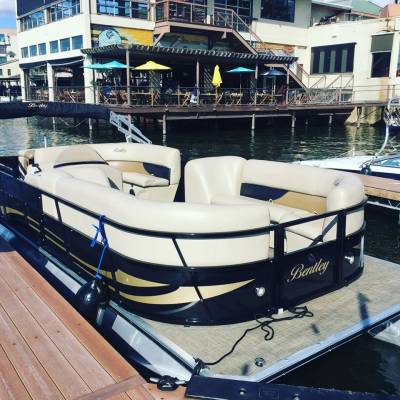4 Tips to Consider Before Choosing a Boat Rental Services
